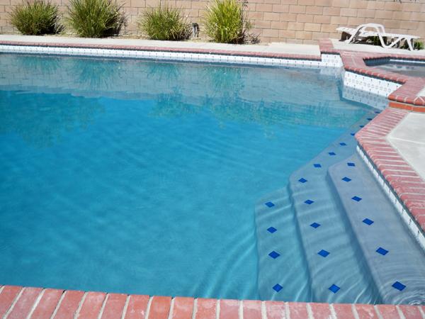 Pebble Reyes Pool Plastering